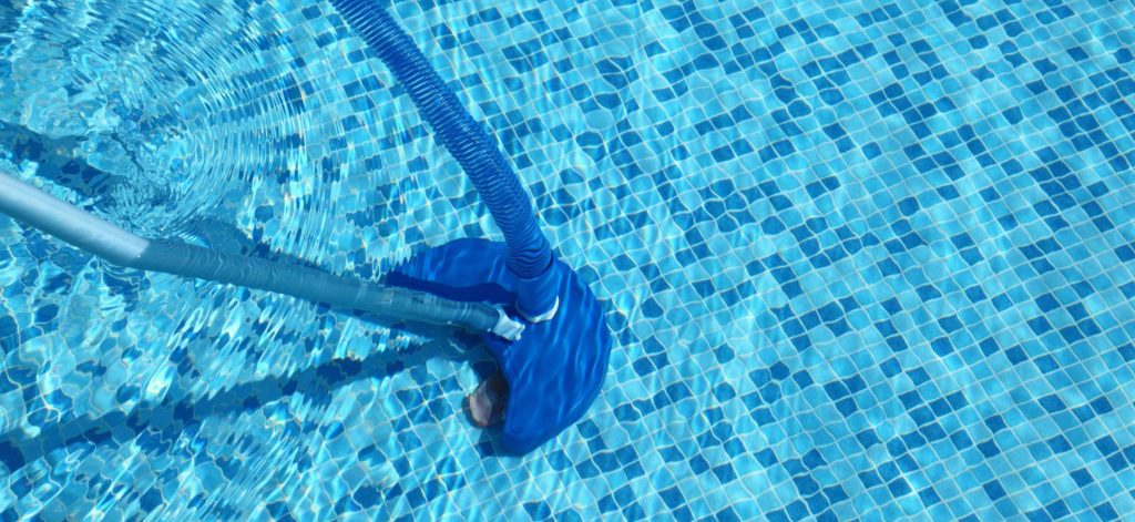 meilleur aspirateur de piscine comparatif guide achat avis